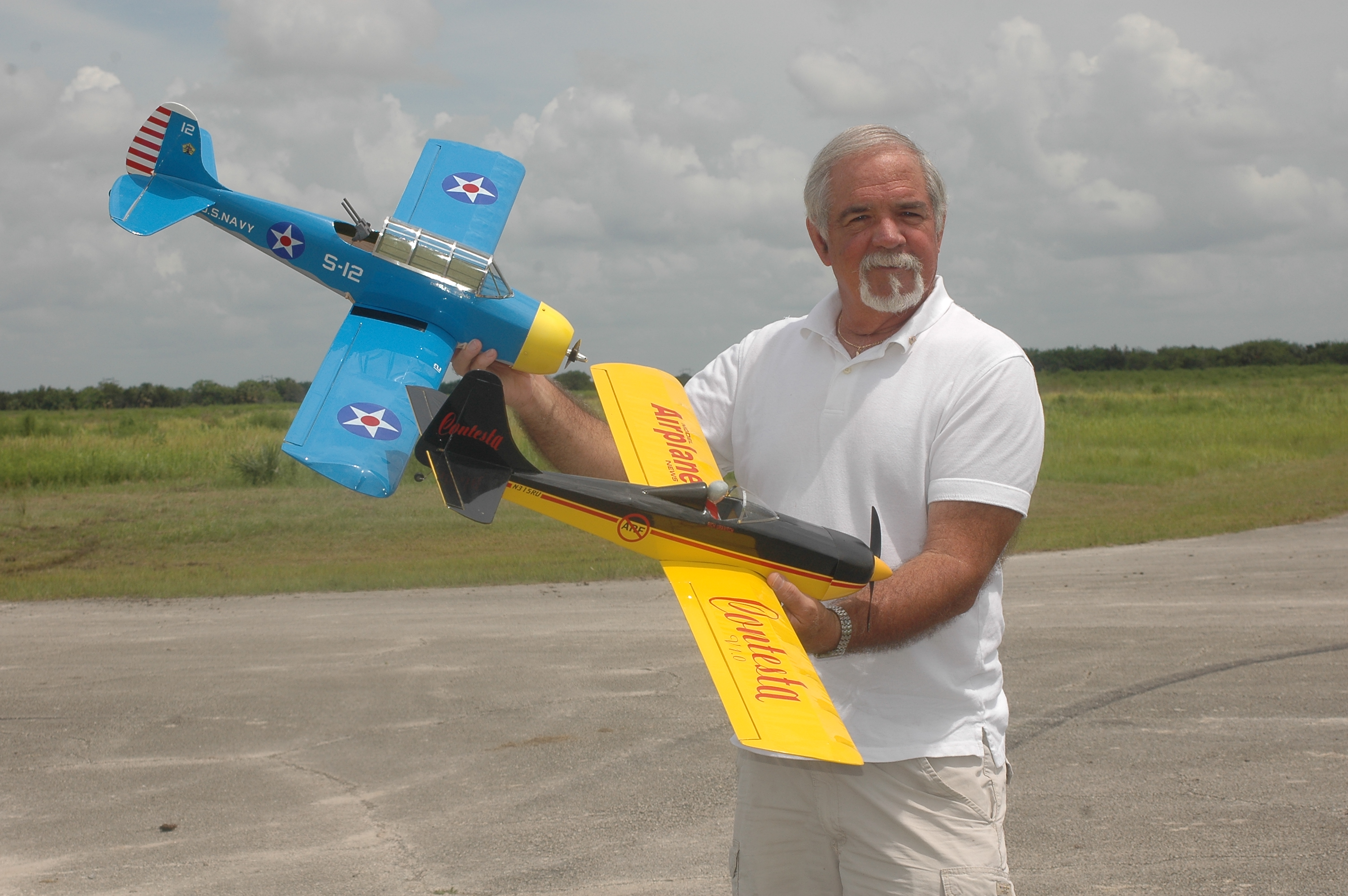 Model Airplane News' Build to Win Contest
